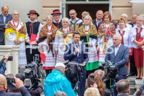 Spotkanie Rafała Trzaskowskiego z mieszkańcami Jawornika