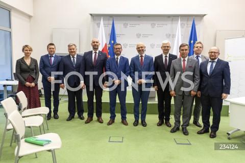 Podpisanie listu intencyjnego rozwoju morskiej energetyki wiatrowej w Warszawie