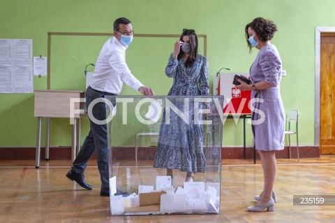 Premier Mateusz Morawiecki zagłosował w wyborach prezydenckich w Warszawie