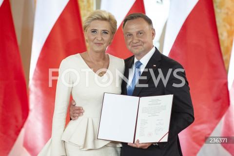 Uroczystość wręczenia Prezydentowi RP Andrzejowi Dudzie Uchwały PKW ws. stwierdzenia wyniku wyborów w Warszawie