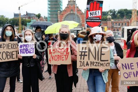 Protest przeciwko przemocy wobec kobiet w Gdańsku