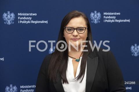 Konferencja minister funduszy i polityki regionalnej w Warszawie