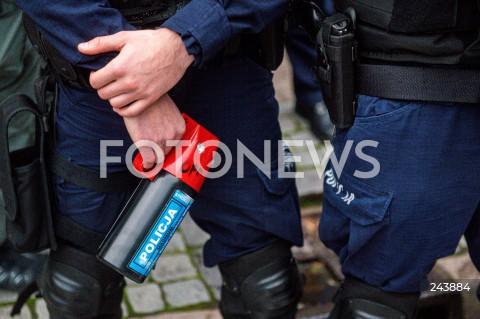 24.10.2020 GDANSK<br />PROTEST KOBIET W GDANSKU<br />N/Z POLICJA GAZ ZDJECIE ILUSTRACYJNE ILUSTRACJA<br />