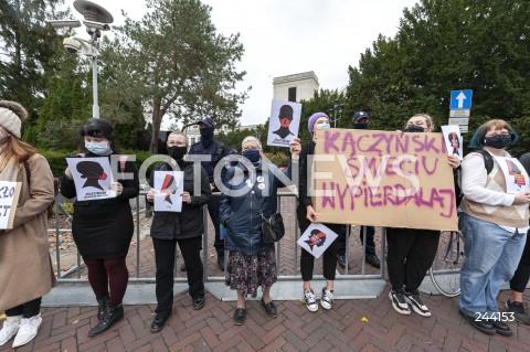 Strajk Kobiet przed Sejmem w Warszawie