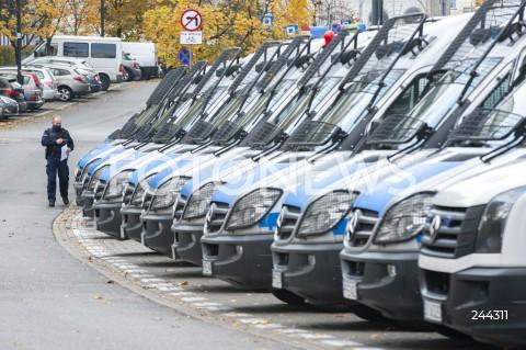 Przygotowania służb mundurowych do zabezpieczenia protestów w Warszawie