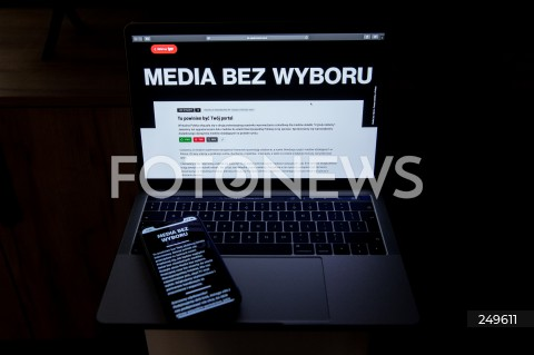 10.02.2021 RZESZOW <br />PROTEST MEDIOW W POLSCE PRZECIW PODATKOWI OD REKLAM PT. MEDIA BEZ WYBORU <br /><br />Poland's main private TV channels and radio stations went off air and newspapers blacked out their front pages on Wednesday to protest against a proposed advertising tax for non-state outlets.<br /><br />N/Z CZARNY EKRAN PORTALU INTERNETOWEGO <br />