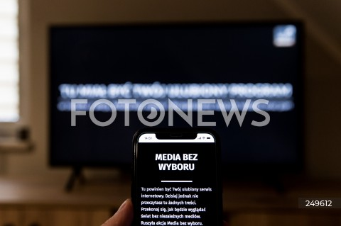 10.02.2021 RZESZOW <br />PROTEST MEDIOW W POLSCE PRZECIW PODATKOWI OD REKLAM PT. MEDIA BEZ WYBORU <br /><br />Poland's main private TV channels and radio stations went off air and newspapers blacked out their front pages on Wednesday to protest against a proposed advertising tax for non-state outlets.<br /><br />N/Z CZARNY EKRAN PORTALU INTERNETOWEGO I STACJI TELEWIZYJNEJ<br />