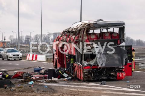 Wypadek ukraińskiego autokaru na autostradzie A4 na wysokości MOP Kaszyce k. Jarosławia