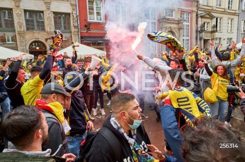 Kibice przed finałem Ligi Europy na ulicach Gdańska