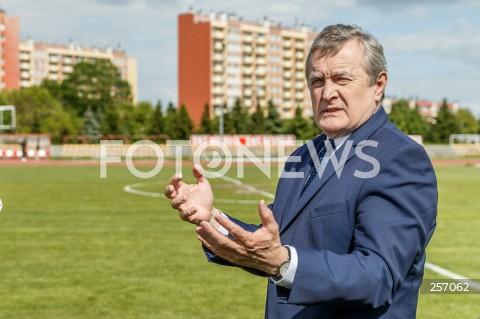 Konferencja wicepremiera Piotra Glińskiego poświęcona finansowaniu budowy Podkarpackiego Centrum Lekkiej Atletyki w Rzeszowie