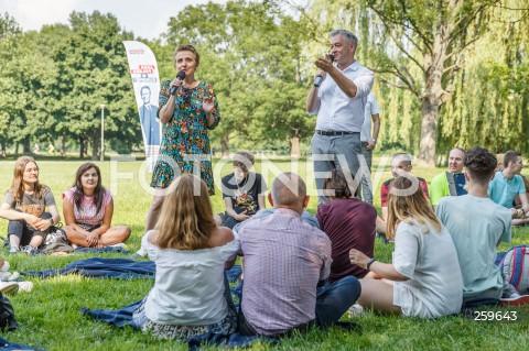 Piknik Europejski Nowej Lewicy na bulwarach w Rzeszowie