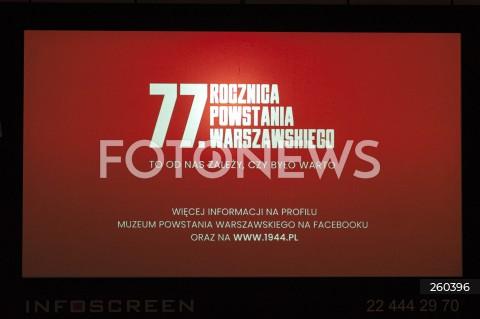 23.07.2021 WARSZAWA<br />BOHATER PLAKATOW GODZINA W 77 ROCZNICA POWSTANIA WARSZAWSKIEGO<br />N/Z PLAKATY<br />