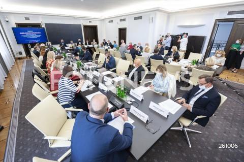 Debata ekspercka dot. nowelizacji ustawy o radiofonii i telewizji w Warszawie