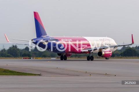 15.09.2021 LOTNISKO RZESZOW JASIONKA <br />INAUGURACJA POLACZENIA LOTNICZEGO Z RZESZOWA DO OSLO LINII LOTNICZEJ WIZZAIR <br />N/Z SAMOLOT AIRBUS A321 LINII LOTNICZEJ WIZZAIR <br />